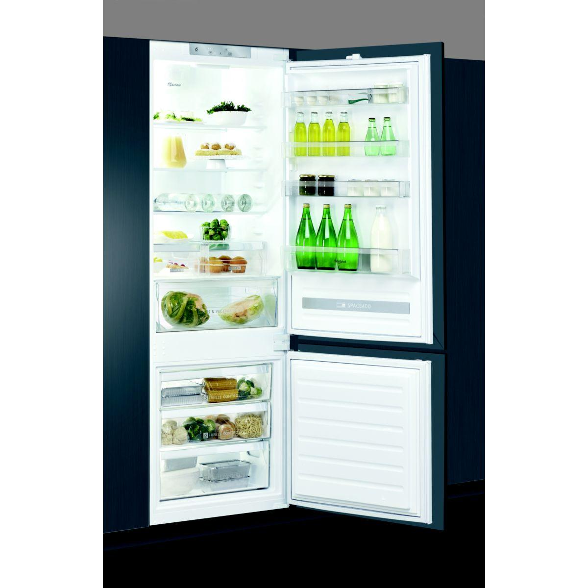 Réfrigérateur combiné encastrable WHIRLPOOL SP40800