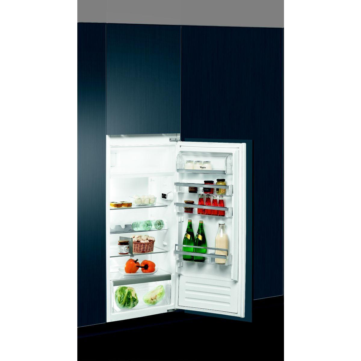 Réfrigérateur 1 porte encastrable WHIRLPOOL ARG867/A+
