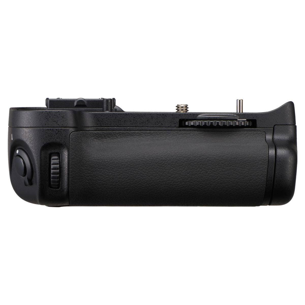Poignée d'alimentation NIKON MB-D11 pour Nikon D7000