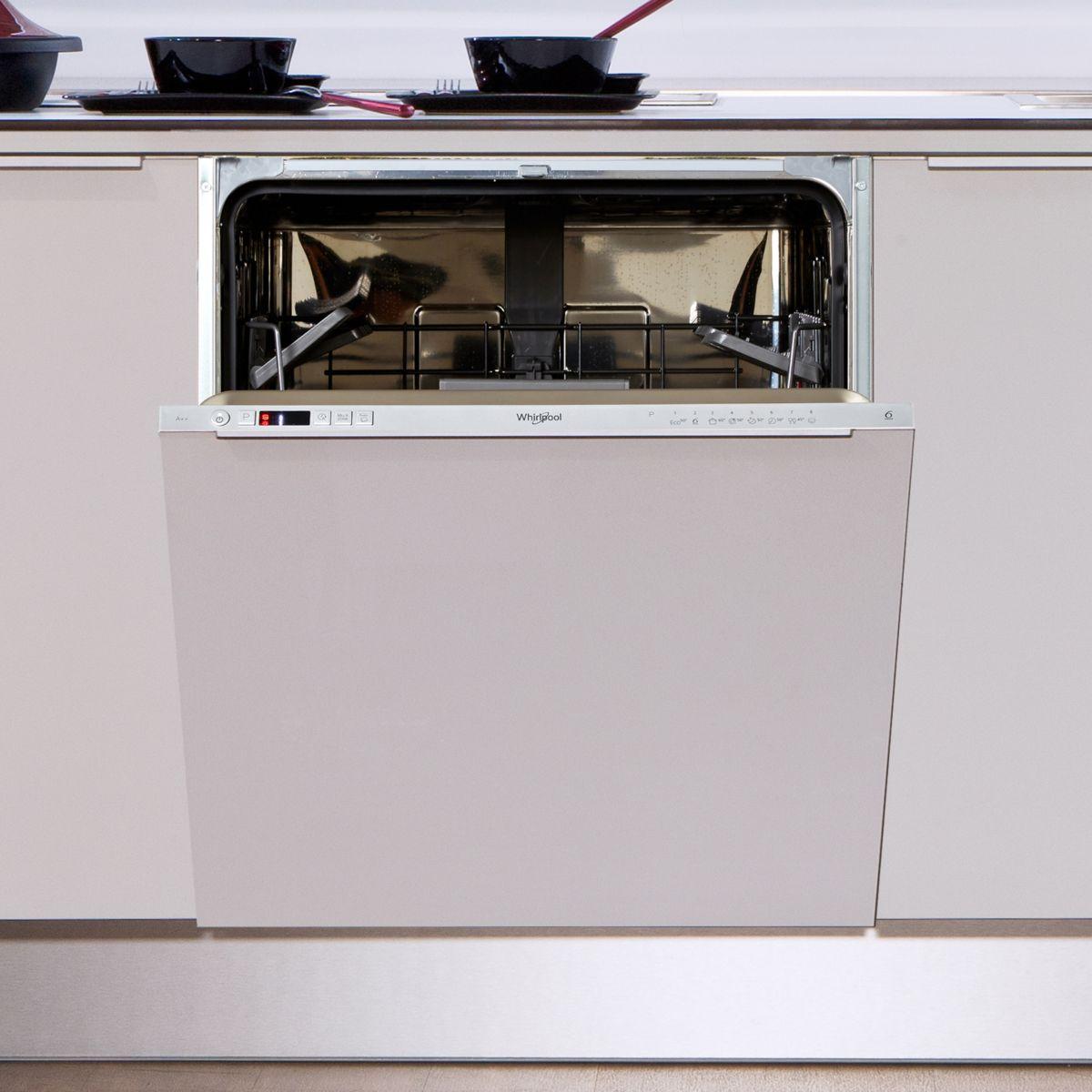 Lave vaisselle tout intégrable WHIRLPOOL WKIC3C26