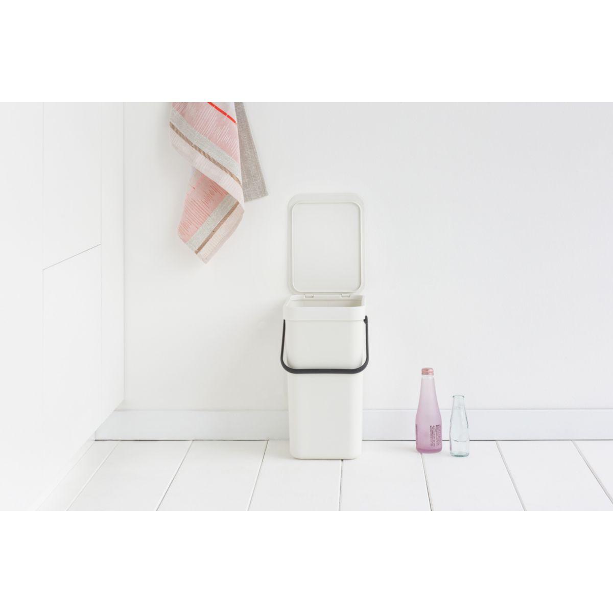 Poubelle manuelle BRABANTIA Waste Bin Sort & Go 12L White (photo)